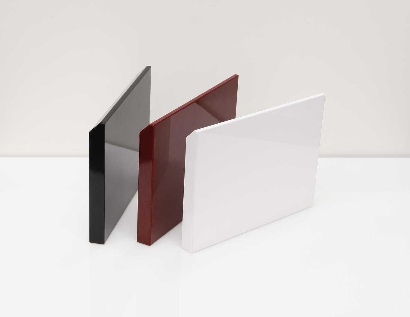 hoàn thiện cánh tủ bếp acrylic