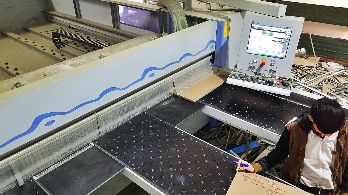 Máy Cắt Panel Tự Động