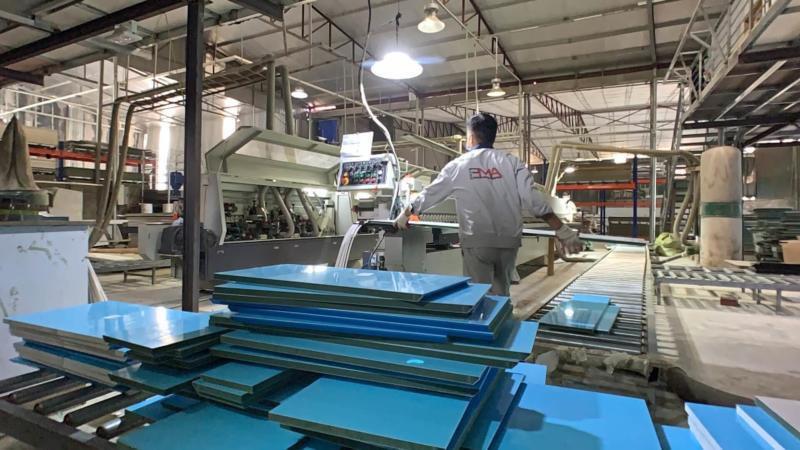 Sản xuất cánh acrylic no line PMA